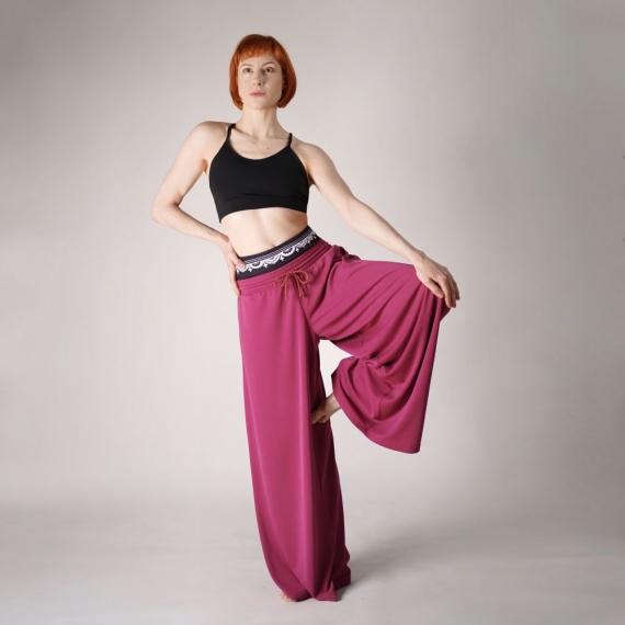 Spodnie Against all odds różowe